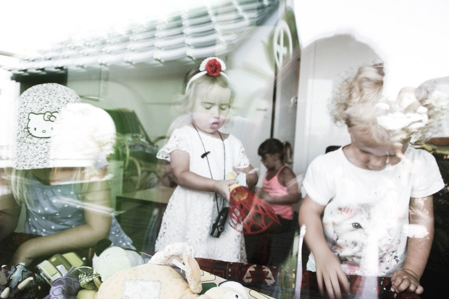 window shots of kids playing (1 of 1)